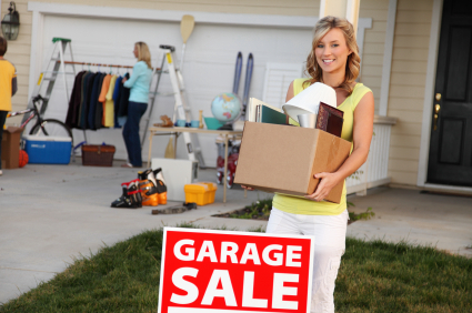 You already know how to find bargains at a garage sale, but how can you organize your own garage sale to make money? Just follow these easy planning tips!
