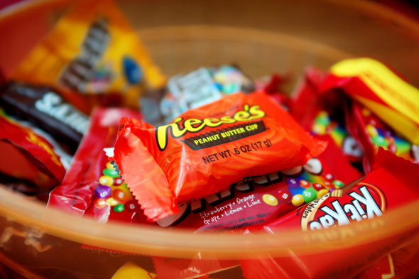 What is your family going to do with all that leftover Halloween candy? Here are some creative ways to use up all that Halloween candy.