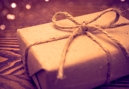 Budgeting for Christmas can be expensive. Fortunately, there are ways to save money on wrapping paper.