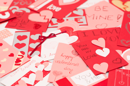 Make your child's Valentine's Day party at school more affordable.  Print out some of these free, adorable, valentines for kids.